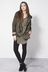 Short Parka in gabardina mimetica 97%co-3%ea